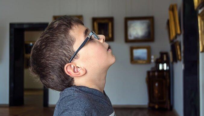 Četri iemesli, kādēļ ir vērts bērnā radīt interesi par mākslu
