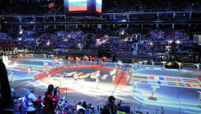 ВИДЕО: Как игроки сборных разных стран мира говорят на ЧМ по-русски