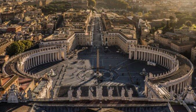 Посол Ватикана во Франции обвинен в сексуальном насилии