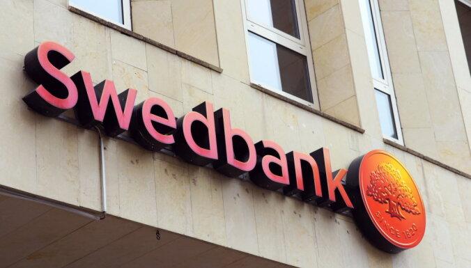 Banku sektorā pērn visvairāk nopelnījusi 'Swedbank'