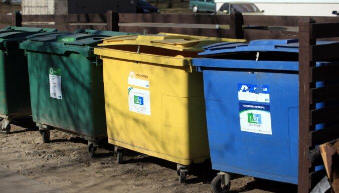 Nepareizi sašķiroti atkritumi daudzdzīvokļu mājā – vai par tiem ir jāmaksā?