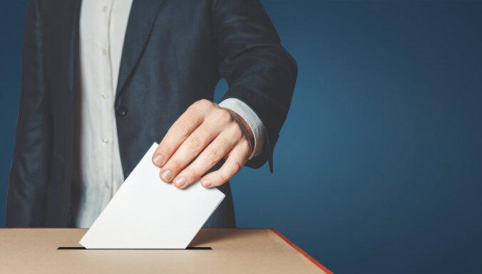 16 партий, 852 обещания. DELFI публикует перевод программ всех партий на русский язык