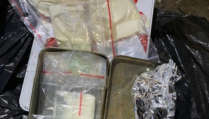 В Чиекуркалнсе нашли хранилище наркотиков: изъят килограмм метамфетамина