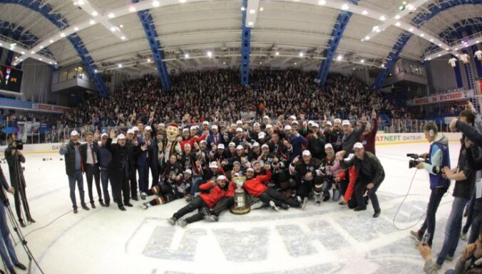 Nefnjaniks Almetjevsk, VHL, Cup Bratina