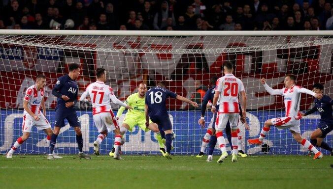 Video: Sit, sit un iesit - 'Tottenham Hotspur' komiski kosmisks gols