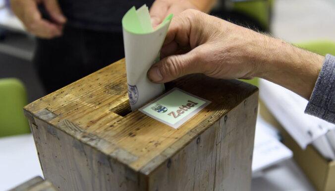 Vēlēšanās Šveicē ieguvumi 'zaļajiem', pārējās partijas zaudē balsis