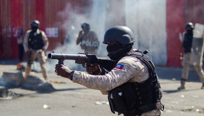 Haiti aiztur 23 cilvēkus par apvērsuma mēģinājumu