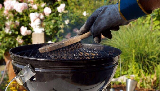 Cik bieži jātīra grils?