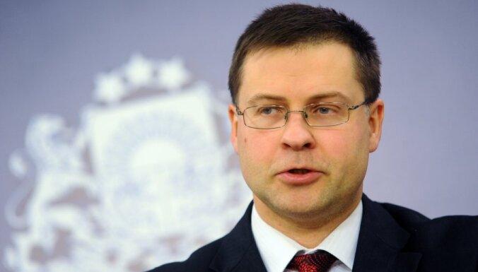 """Домбровскис: пусть """"тевземцы"""" сами оценивают своих министров"""