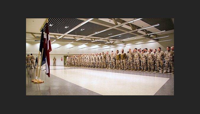 Из Афганистана вернутся 100 латвийских солдат