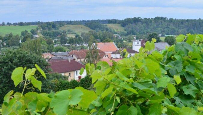 Brīvdienu maršruts: Sabile – mazpilsēta ar lielāko mākslas un vīna piedāvājumu