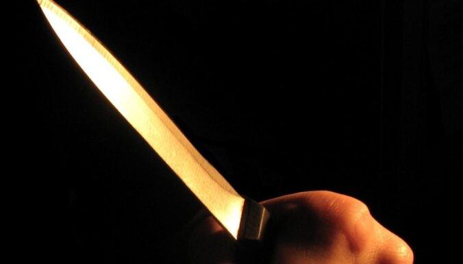 Предъявлены обвинения подростку, убившему в Дрейлини молодого мужчину