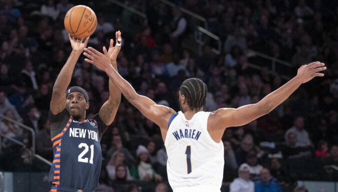 'Pacers' sarūpē 'Knicks' komandai devīto zaudējumu pēc kārtas