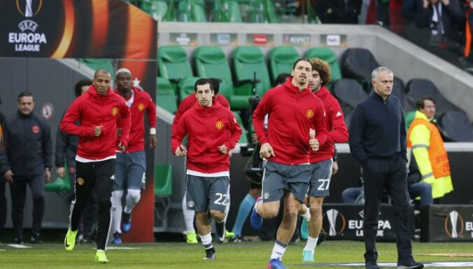 Manchester United Ibrahimovic,Mkhitaryan, Pogba, Mourinho