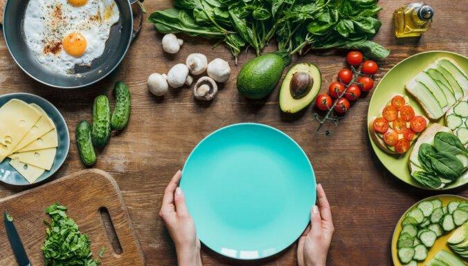 Vidusjūras, vegānu vai tilpuma diēta: ko izvēlēties efektīvai svara zaudēšanai