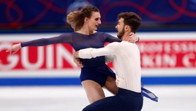 Французы переписали рекорды и стали трехкратными чемпионами, россияне на ЧМ— без золота