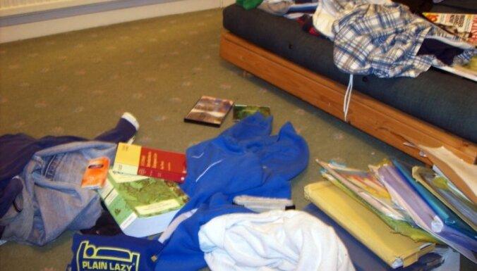 Astoņas vienkāršas idejas, kā bērnu pieradināt uzturēt kārtību savā istabā
