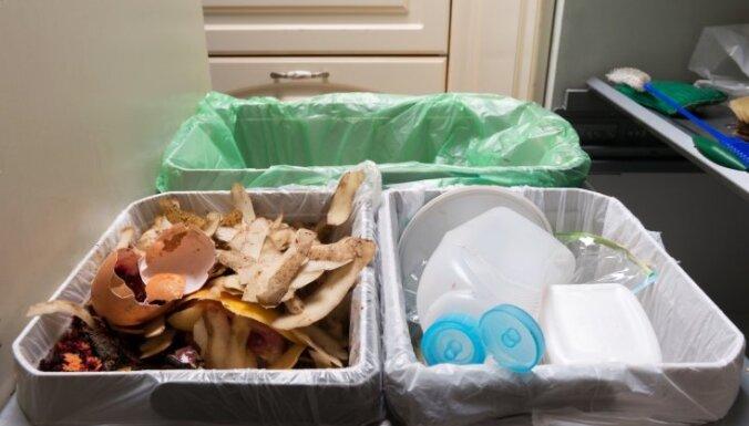 Чтобы сортировать мусор, рижане должны будут купить или арендовать специальные контейнеры