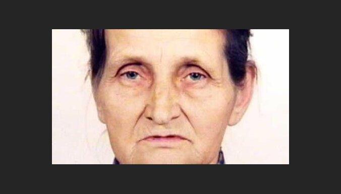 Пошла за грибами и не вернулась: полиция разыскивает пропавшую в Лиепае пенсионерку