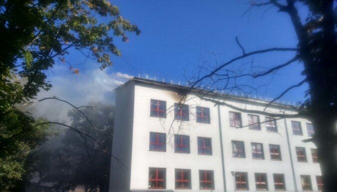 Итоги пожара в Юглской школе: дети будут временно учиться в других школах