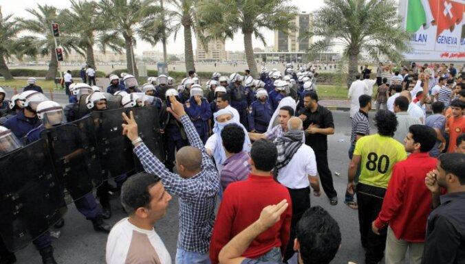 В столице Бахрейна введен комендантский час