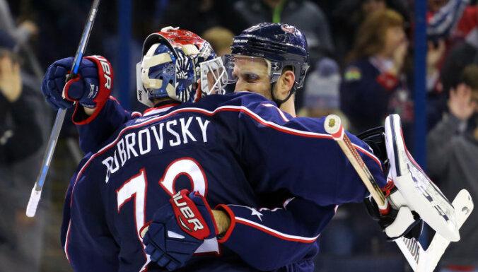 Россиянин признан лучшим вратарем Национальной хоккейной лиги