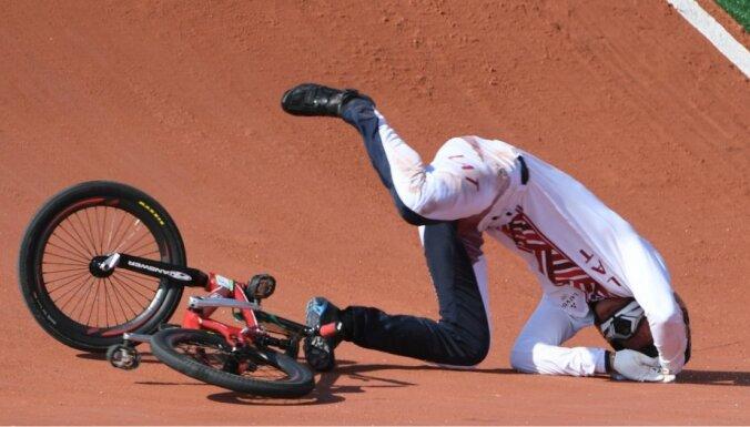 Štrombergs Rio spēļu individuālajā braucienā izcīna 7. vietu; Treimanim kritiens