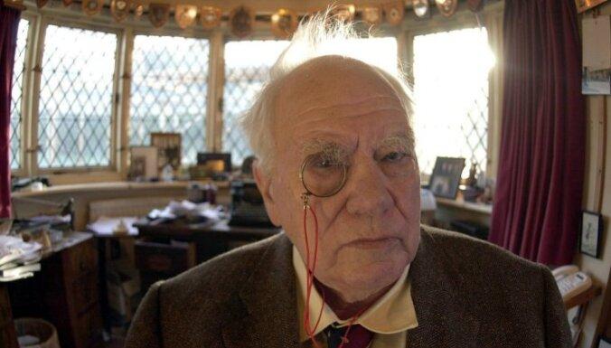 Умер известный британский телеведущий