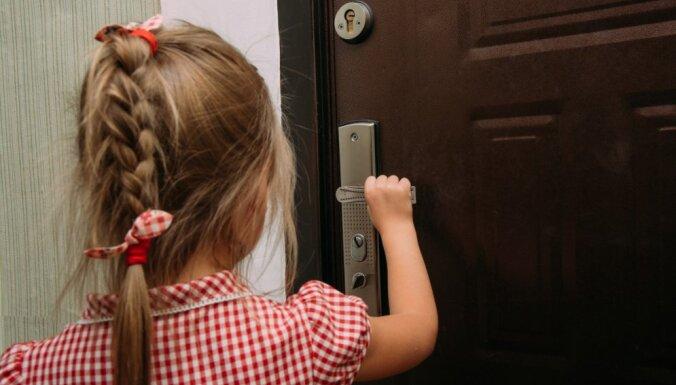 Приметы на удачу: что нужно сделать перед выходом из дома