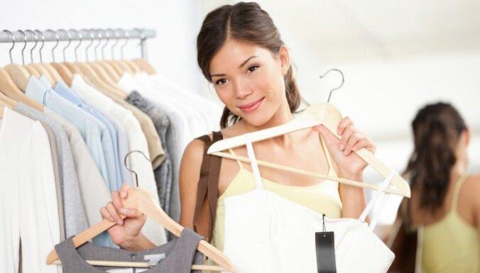 iepirkties iepirkšanās veikali apģērbi sieviete mode drēbes
