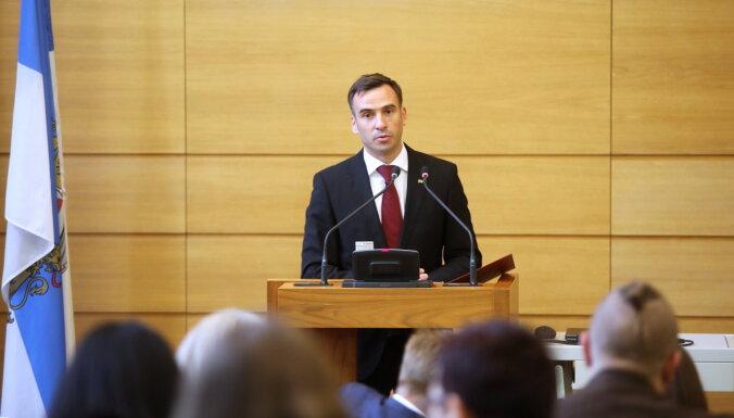 Стакис надеется в течение октября ввести систему удаленных заседаний Рижской думы