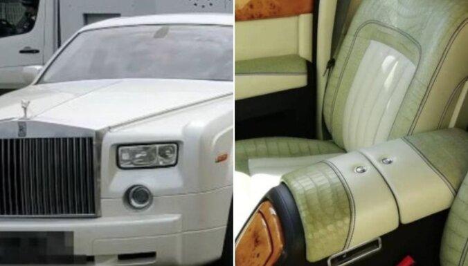 ФОТО. В Италии арестовали обитый кожей редкого крокодила Rolls Royce из России