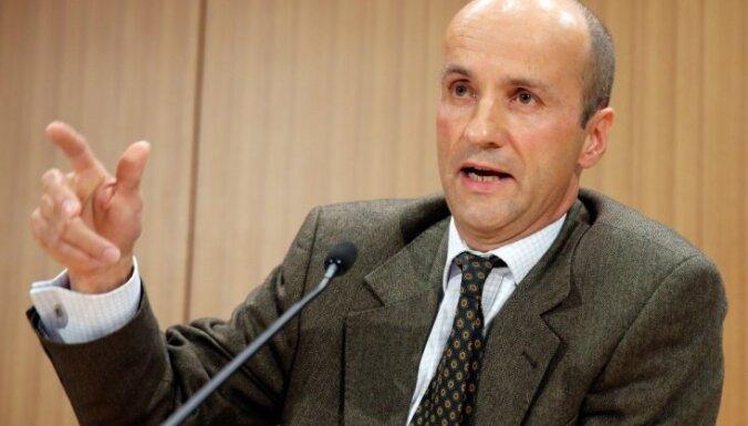 AfD pievienojas pazīstams vācu žurnālists