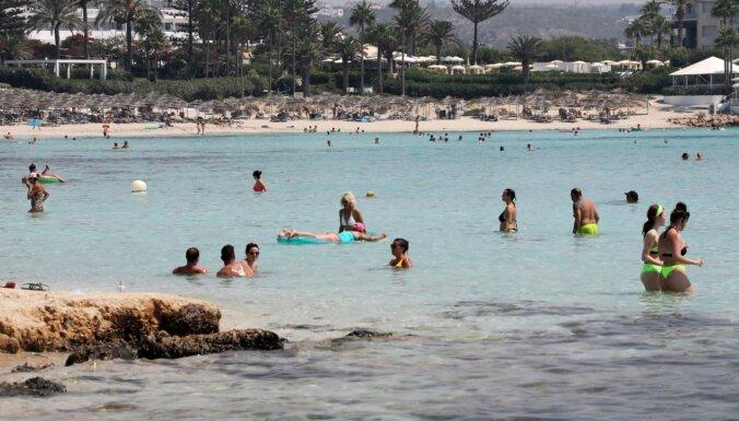 Кипр введет жесткий локдаун из-за роста заболеваний Covid-19