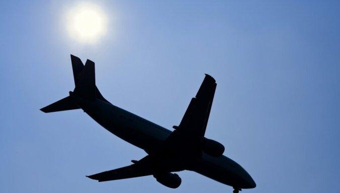 Задымился чартерный самолет, летевший на Тенерифе