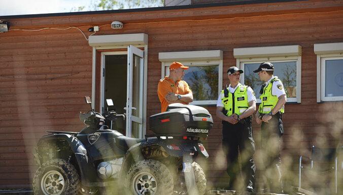 Полиция поймала и оштрафовала нудиста на Луцавсале