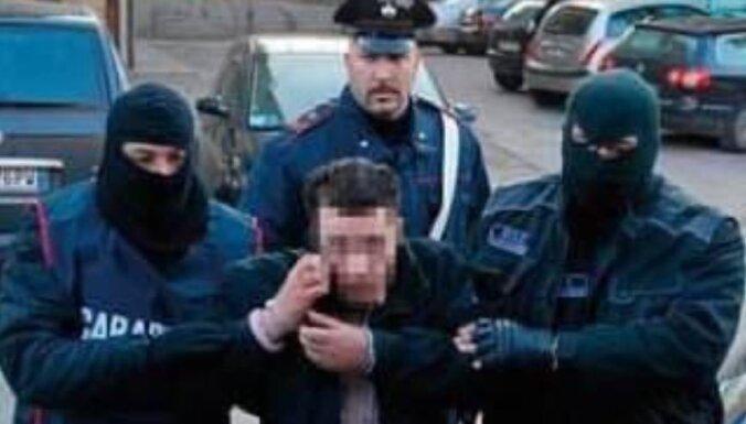 Itālijā aiztur prokremlisko spēku pusē Ukrainā karojušu vīrieti
