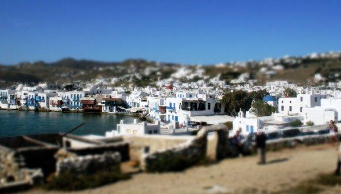 Zili baltos toņos krāsotā paradīze — Mikonas sala Grieķijā. Latviešu ceļotāja piezīmes