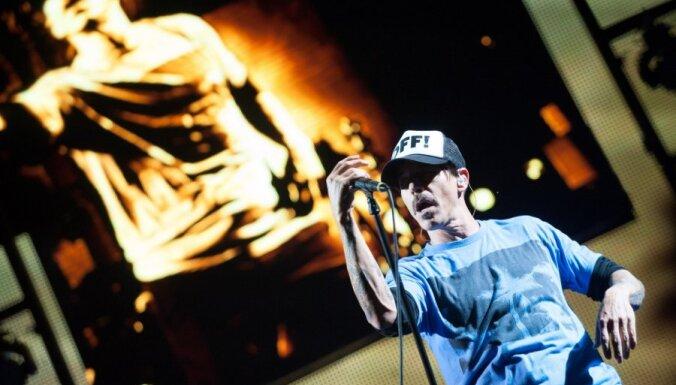 Apaļu jubileju atzīmē RHCP vokālists Entonijs Kiedis