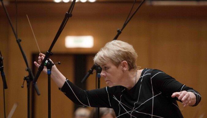 Vīnes orķestra 50. gadadienā galvenā diriģenta amatam izraudzīta Marina Alsopa