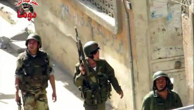 Turcijas mediji: dezertējusi trešdaļa Sīrijas armijas karavīru