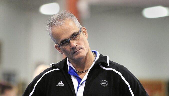 Seksuālās izmantošanas skandāls ASV vingrošanā: pašnāvību izdara olimpiešu treneris