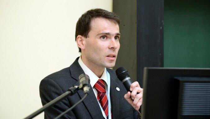 Valērijs Skribans: Latvijai ar Covid-19 varētu nākties cīnīties vismaz pusgadu, liecina sistēmdinamikas analīze