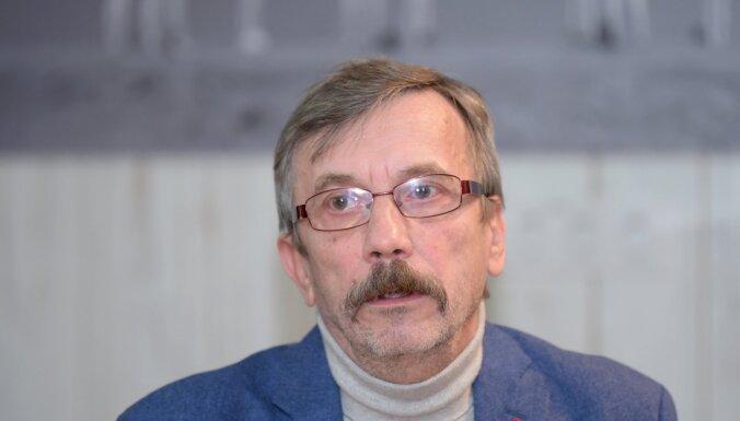 Andris Veiķenieks: Pieminot 32 miljonus pandēmijā mirušo