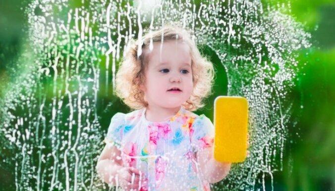 Padomi no pūra lādes – kā mazgāt logus