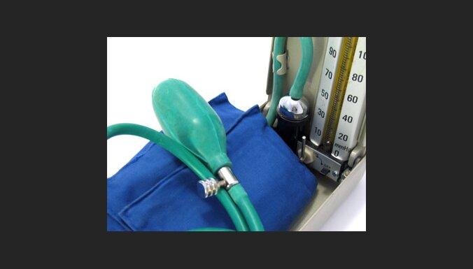 Sfigmomanometrs asinsspiediena mērīšanai. Foto: Sundeip Arora