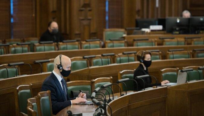 Saeima apstiprina Danielu Pavļutu veselības ministra amatā