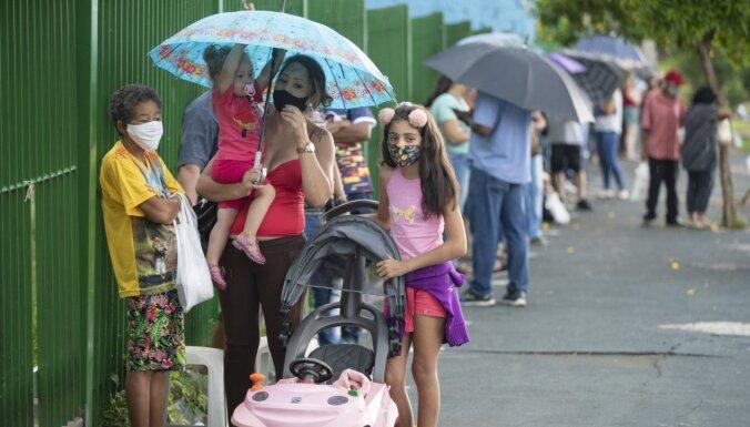 Covid-19: Brazīlijas pilsētā eksperimenta pēc vakcinēti gandrīz visi; mirstība kritusies par 95%