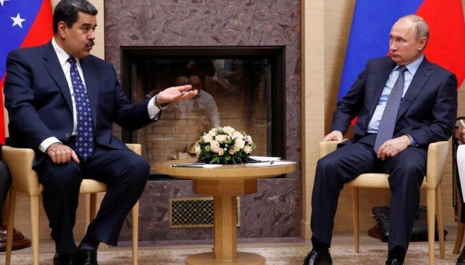 Krievija turpinās atbalstīt Maduro valdību