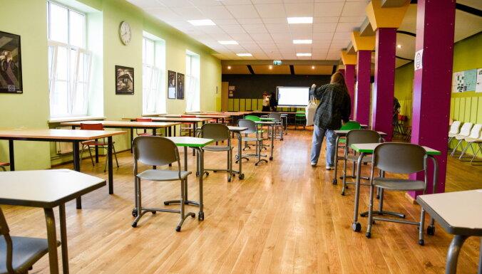 #Storygram jauno žurnālistu skola: skolēni eksāmenu laikā bažīgi